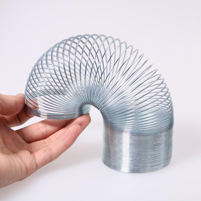 סלינקי הקפיץ Slinky